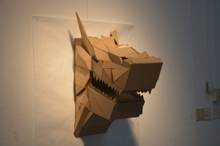 wolf_head_sculpture_cardboard_w11__l30__d24__left_side