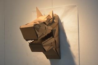 wolf_head_sculpture_cardboard_w11__l30__d24__right_side